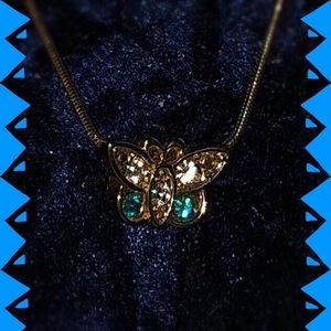 🆕 Necklace-Gold Tone, Butterfly w/faceted stones